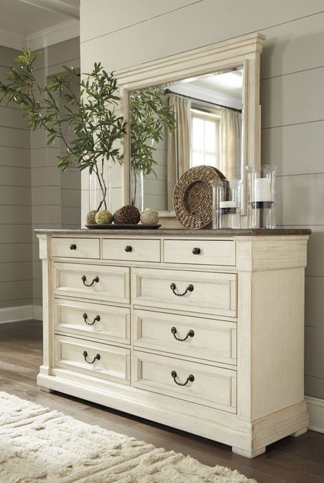 Best Bolanburg Two Tone Dresser Shabby Chic Room Shabby Chic 400 x 300