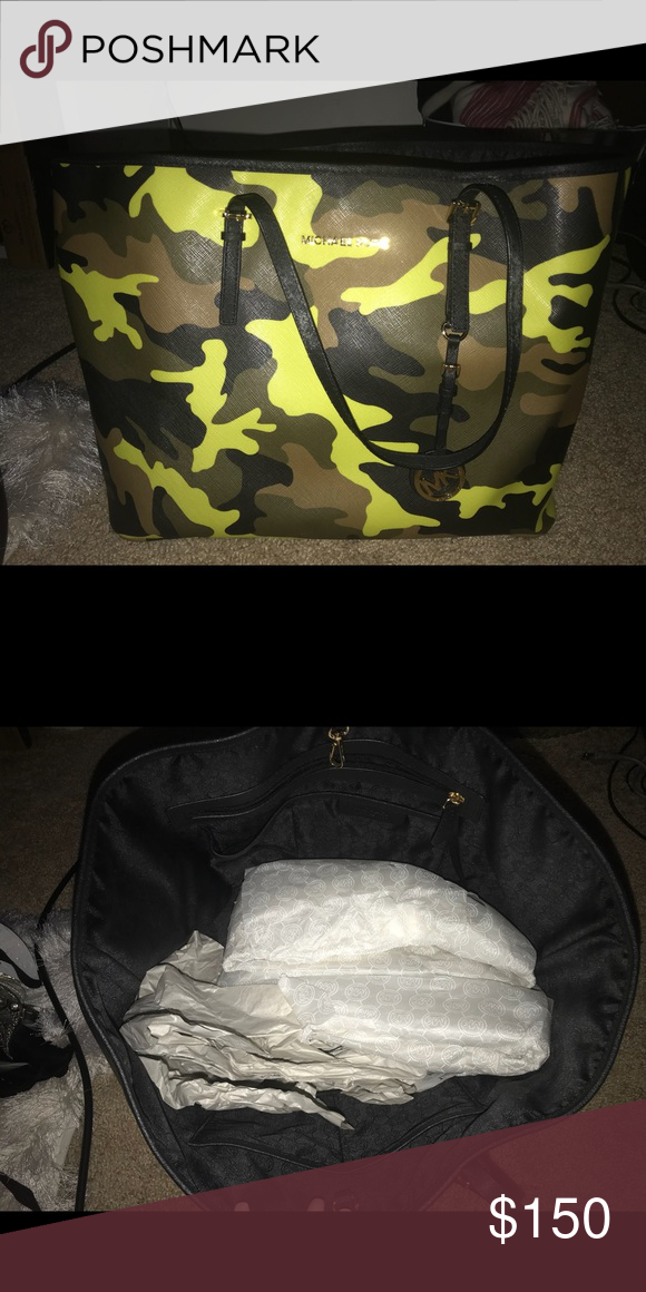 7597b14f9f39 Camo print Michael Kors purse Super fun camo print Michael Kors large jet  set tote Michael Kors Bags Totes