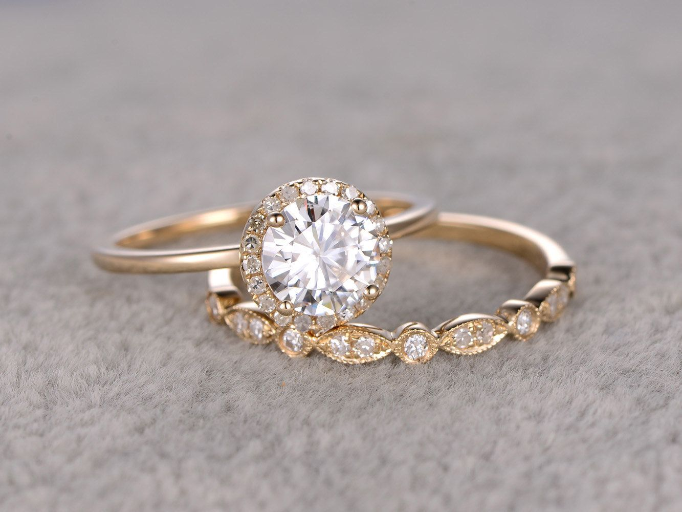 2pcs 1ct Moissanite Bridal Ring SetEngagement ring Yellow Plain