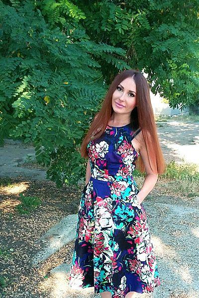 single 32 year old woman