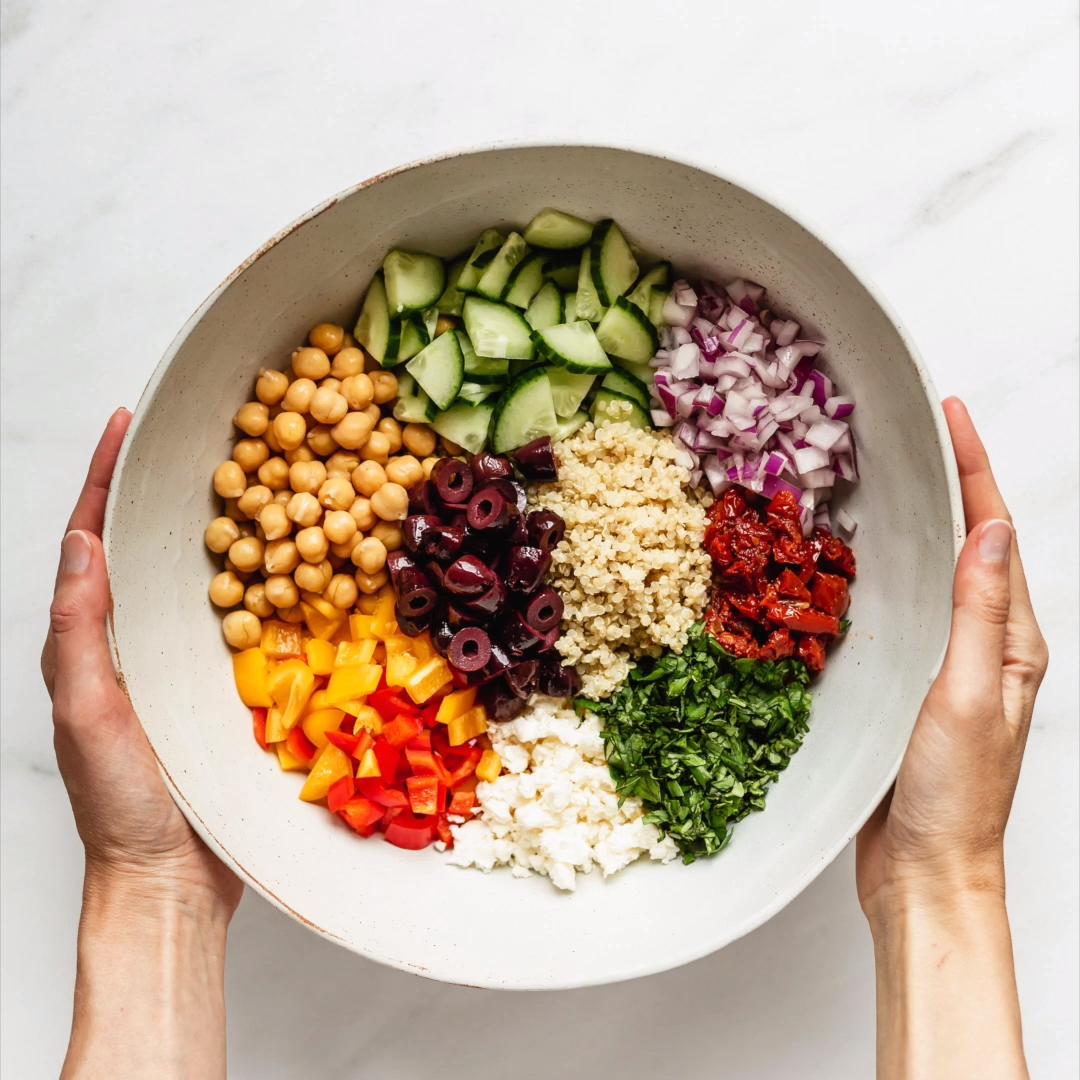 Mediterranean Quinoa Salad – Carey&CleanEatingS