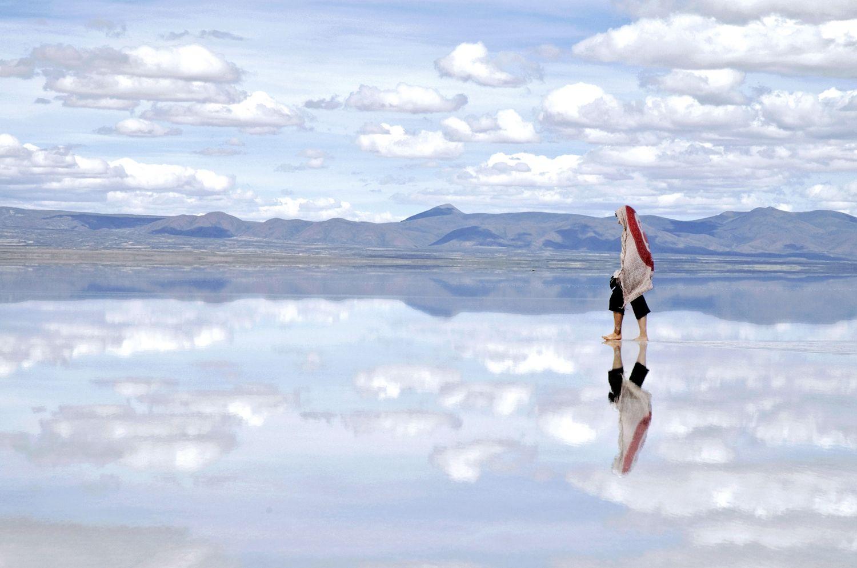 Reflecting+Salt+Flat | The Walker - Australia Travel Club ...