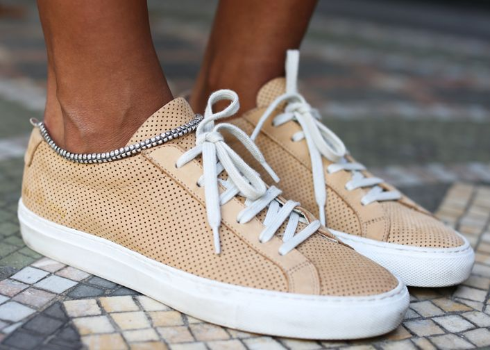 Summer Sneakers. – Sincerely Jules