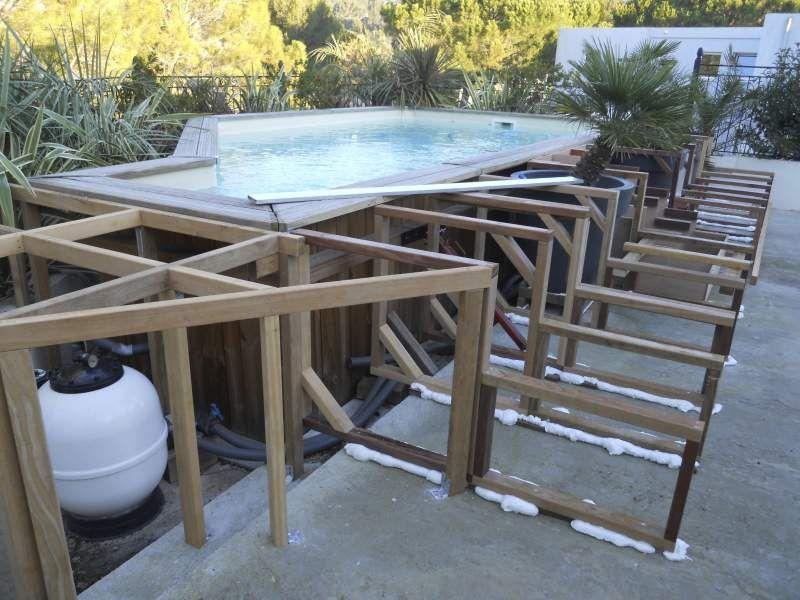 Habillage sur mesure d\u0027une piscine hors sol à Allauch - Vente et - Pose De Carrelage Exterieur