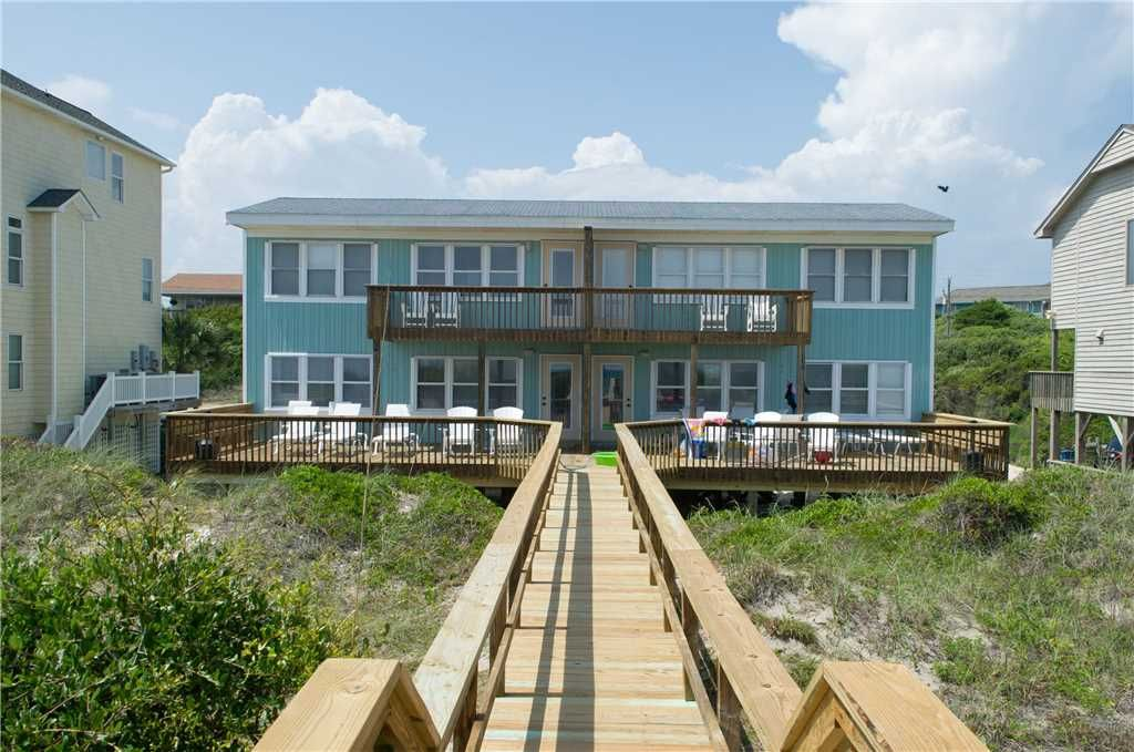 Sealebrity West Emerald Isle Nc Look At That View Family Vacations Aren T The Same Without Man S Be Pet Friendly Vacation Rentals Oceanfront Beach Rentals