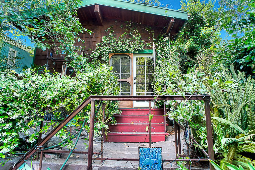 Rustic 1926 Laurel Canyon House With Charming Tile Kitchen Asks 989