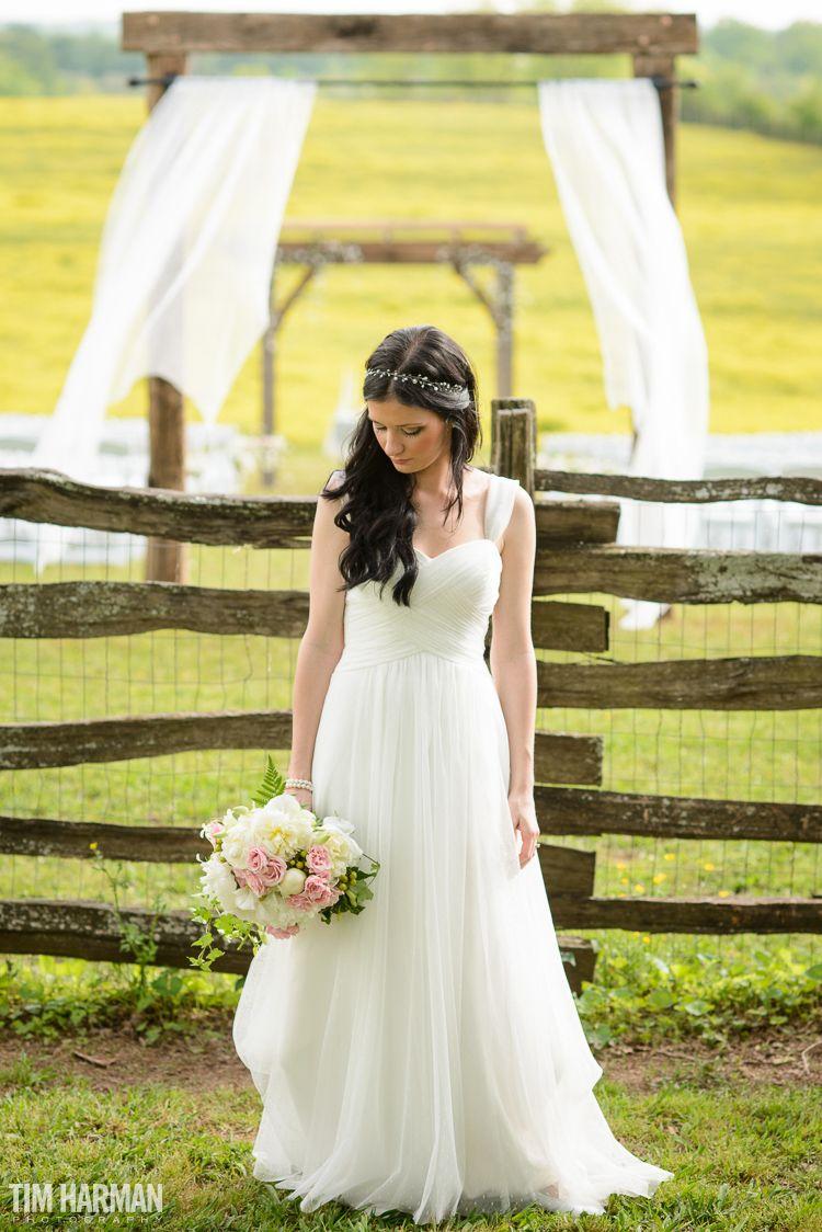 Wedding At Seventy Four Ranch In Jasper Georgia Wedding Wedding Dresses Seventies