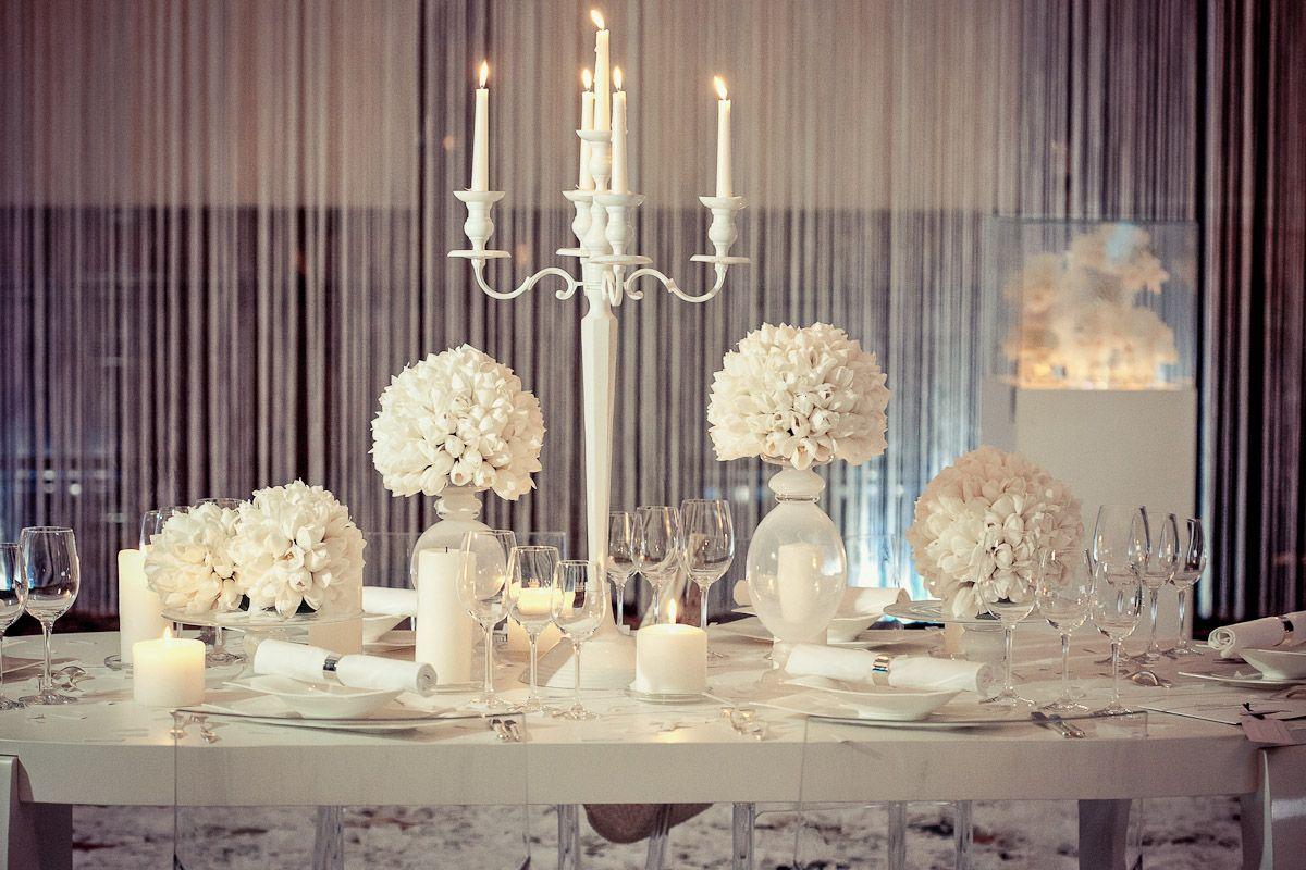 White Wedding Table Decoration Hochzeitstisch Deko Weiß Feiern