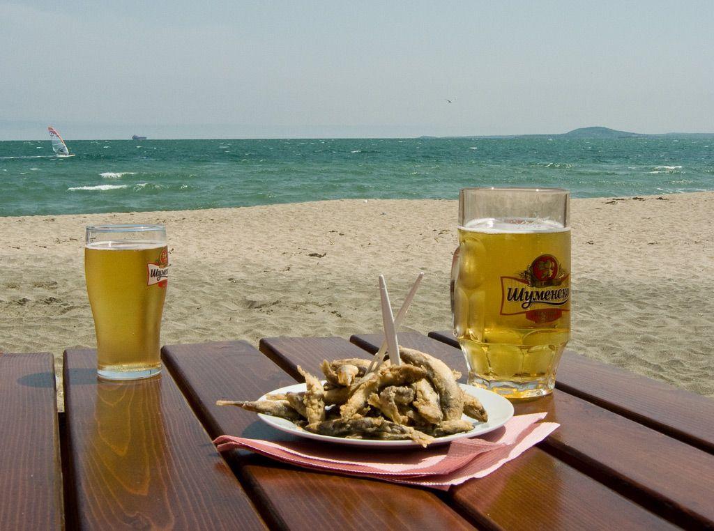 Фото отдых с пивом на море