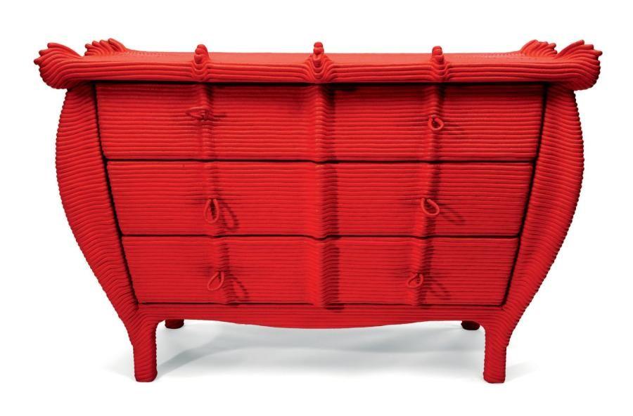 COMMODE MIRAKI Corde de coton peinte en rouge d'orient, 1992| Pierre Bergé
