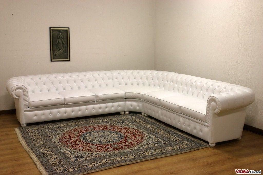 Divano Pelle Bianco Angolare.Divano Chesterfield Angolare Bianco In Pelle Sofa Moderno