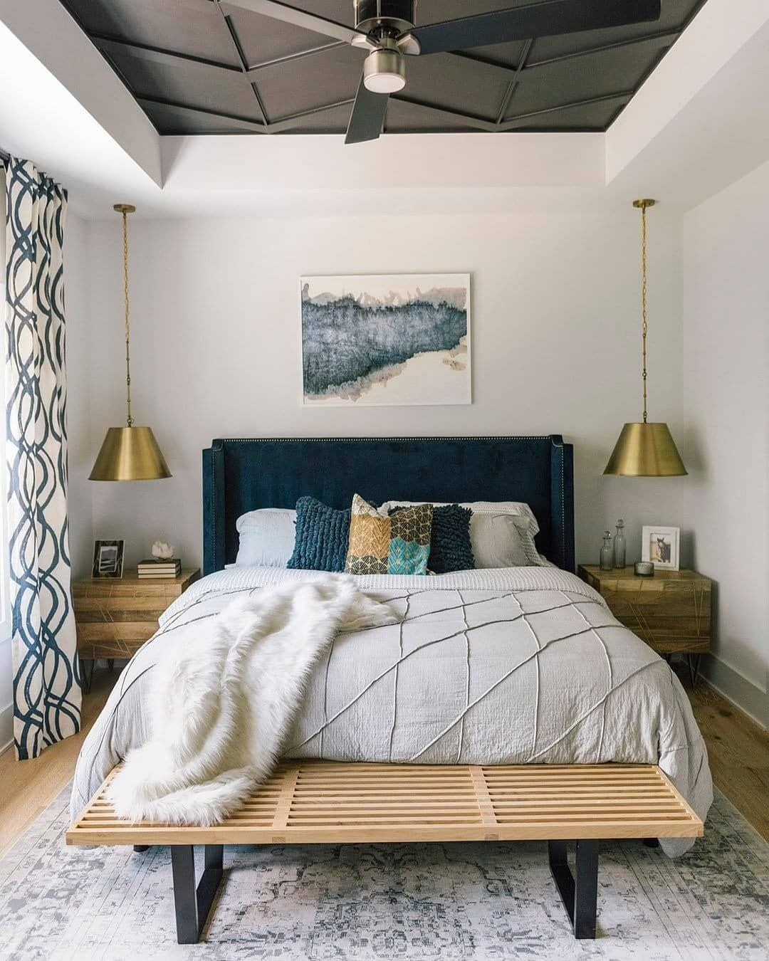 Serie 7 On Instagram The Power Of Cushions They Are Pretty Fluffy And Invite You To Jump Into Bed But Bedroom Interior Bedroom Decor Bedroom Inspirations