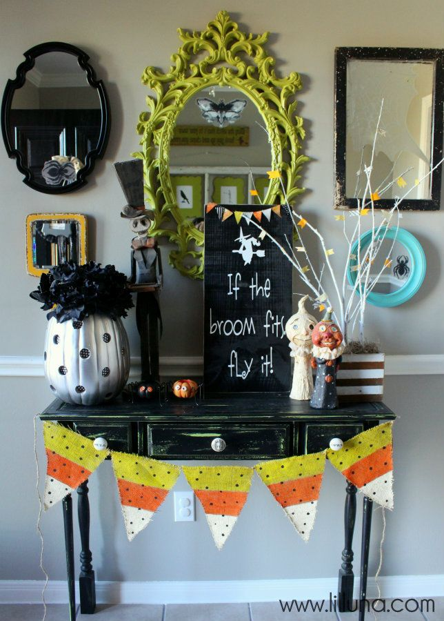 halloween decor front entryway - Pretty Halloween Decorations