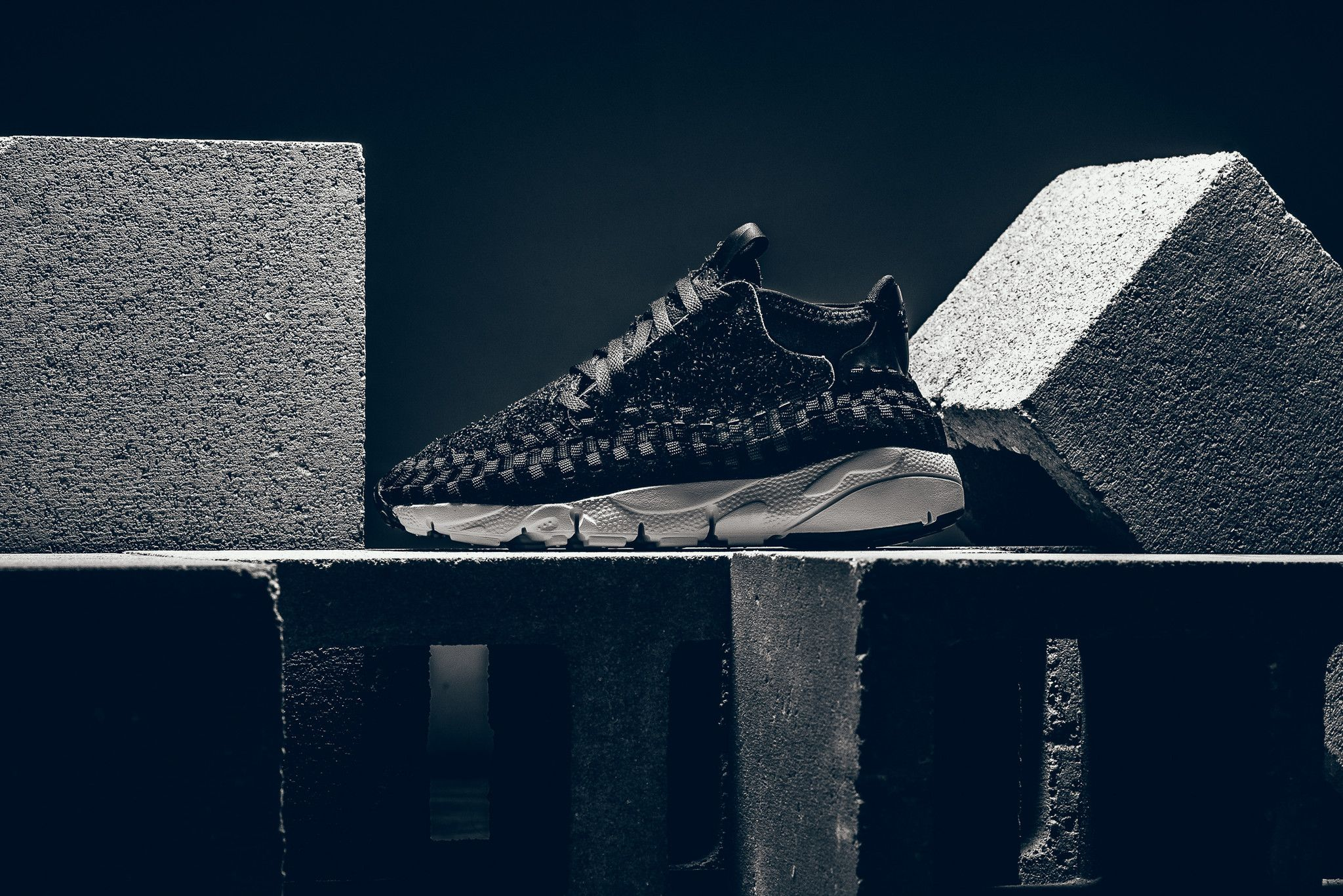 28975502c48 Nike Air Footscape Woven Chukka QS Anthracite   Black Credit    SneakerPolitics  Nike  Inside  Sneakers