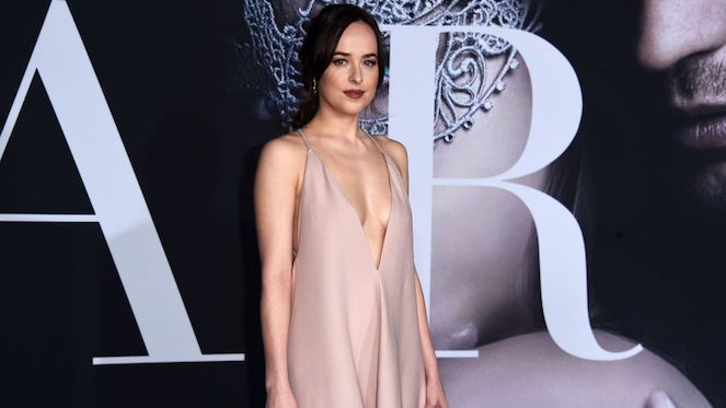 Heres How Dakota Johnson Stays 50 Shades of Fit and Sexy