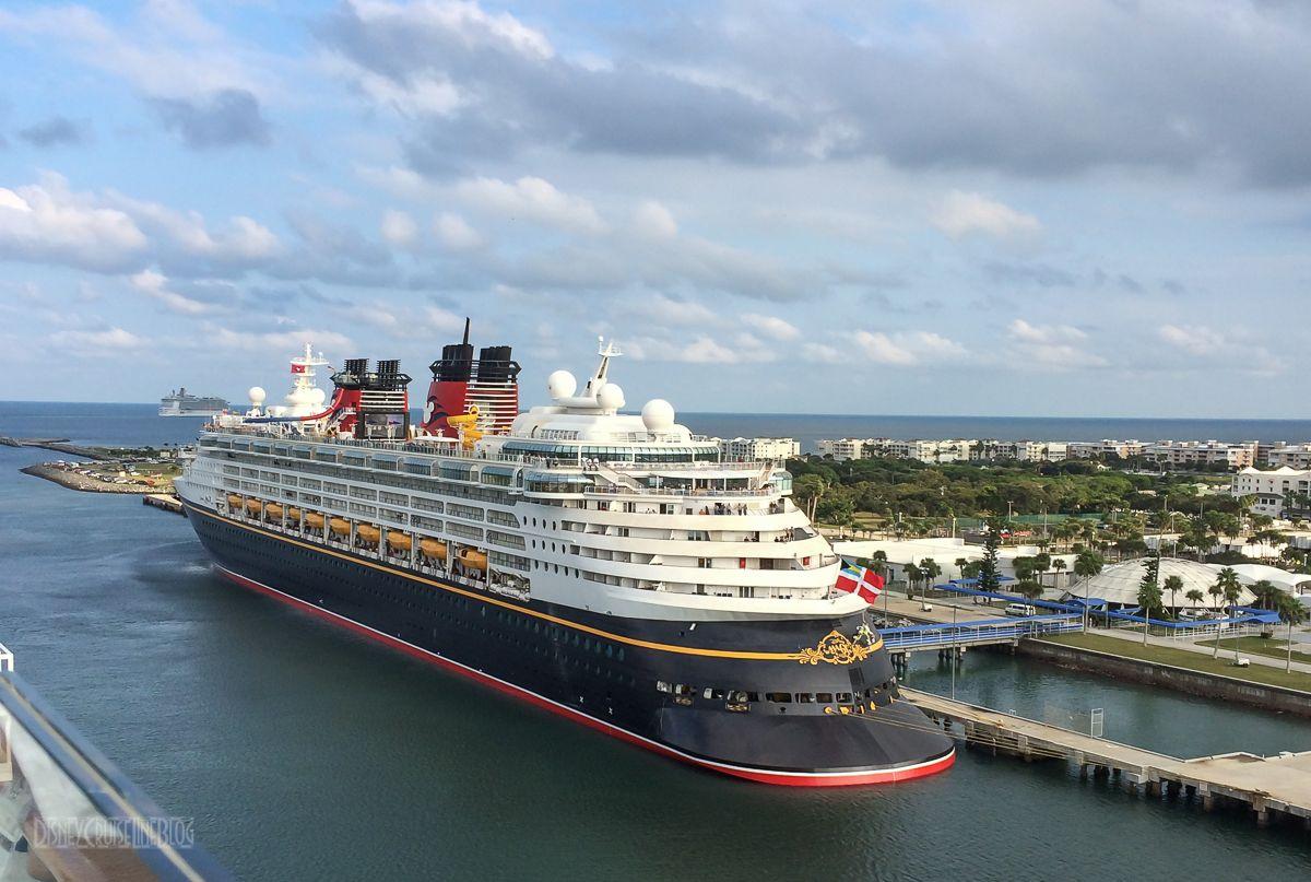 Disney Magic Portside Aft Port Canaveral [ jpg ]