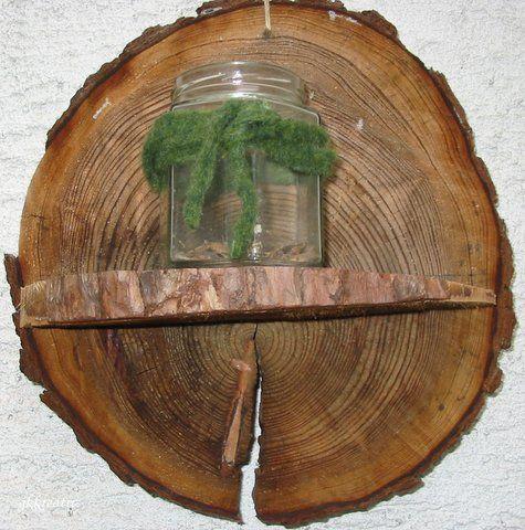 Wandregal Aus Baumscheiben Fur Den Garten Kreative Dekoration Baumscheiben Baumscheiben Deko