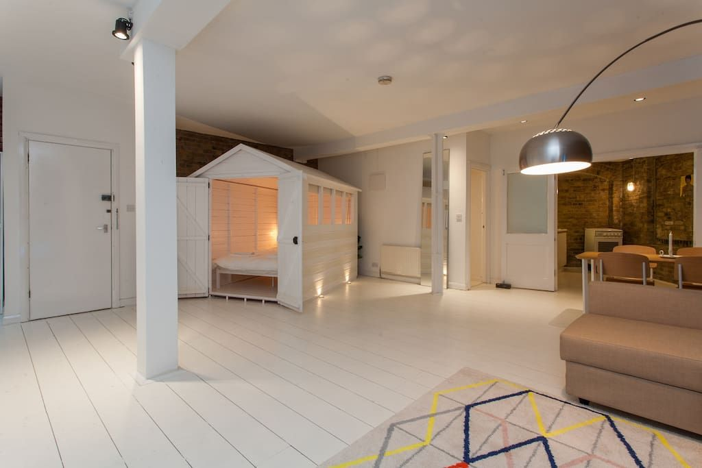 Warehouse Loft In Sditch Lofts For Rent London
