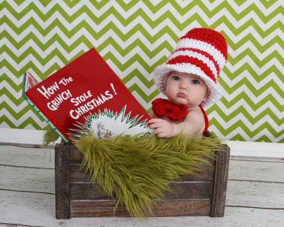 Baby's first holiday season is just around the corner, which means it's time to get cracking on those cards. Get that winning smile (or happy coo) ready — it will really shine if you pick the right backdrop, pose and card design. Flip through our album for 9 examples that will inspire...