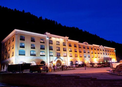 Cadillac Jacks Gaming Resort Is A Hotel In Deadwood Near The Terry Peak Ski