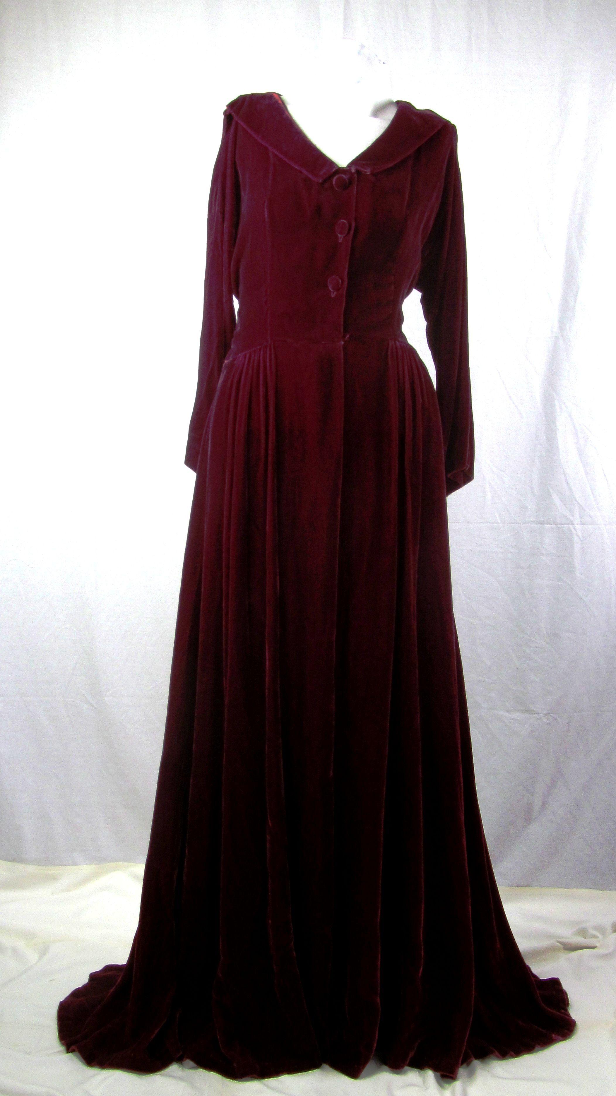 1940's Elegance. Silk Velvet glamour. More details on our website!