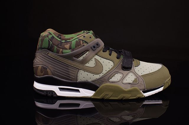 check out 10195 03aef Nike Air Trainer Iii (Camo Olive)