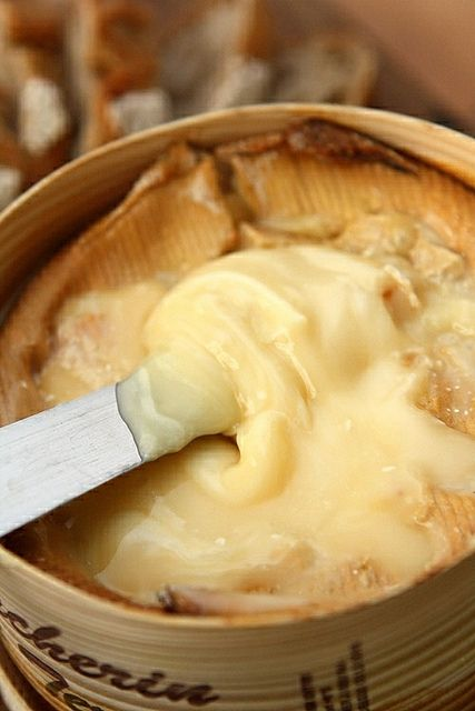 Vacherin Mont d'Or - the most sublime of all the French raw milk cheeses   #cheese