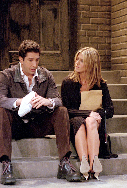 Ross, Rachel ~ Friends Episode Pics ~ Season 08, Episode 3