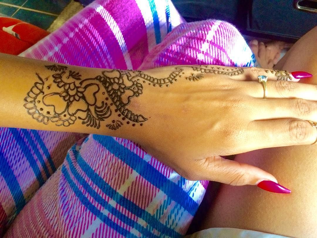 Henna Tattoo Jamaica : Want makeup or henna ?! contact @redlotus876 me by dm for further
