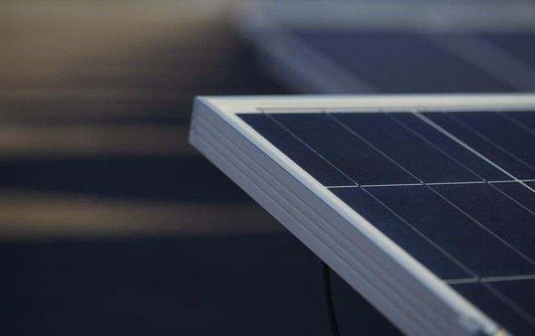 India Eyeing Safeguard Duties On Chinese Pv Modules Report Solar Power Plant Roof Solar Panel Sonipat