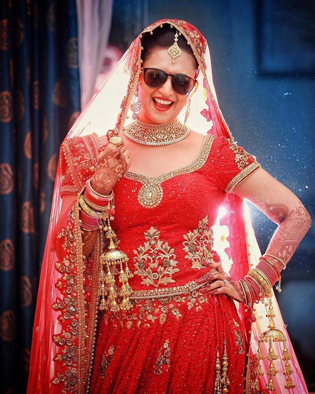 she got swag ✨ #YehHaiMohabbatein  @divyankatripathi