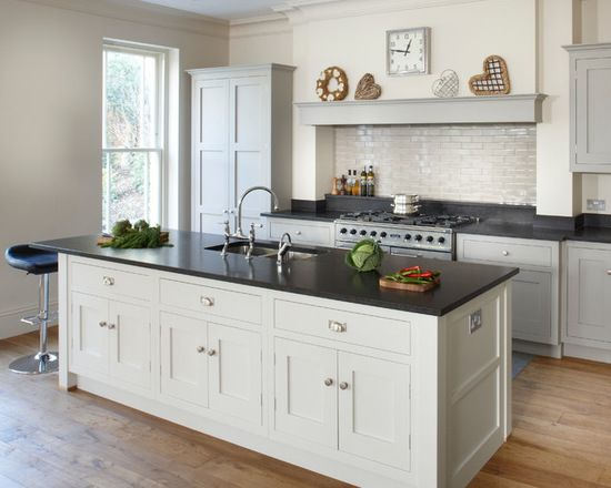 Esher Country Kitchen - Stylish Shaker Kitchens by Brayer in 2018