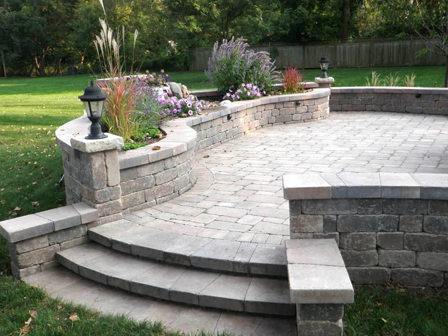 California Backyard hardscape Designs | Drive through beautiful ...