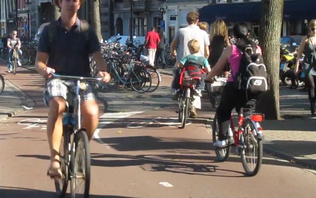 Cum au aparut pistele pentru biciclete in Olanda