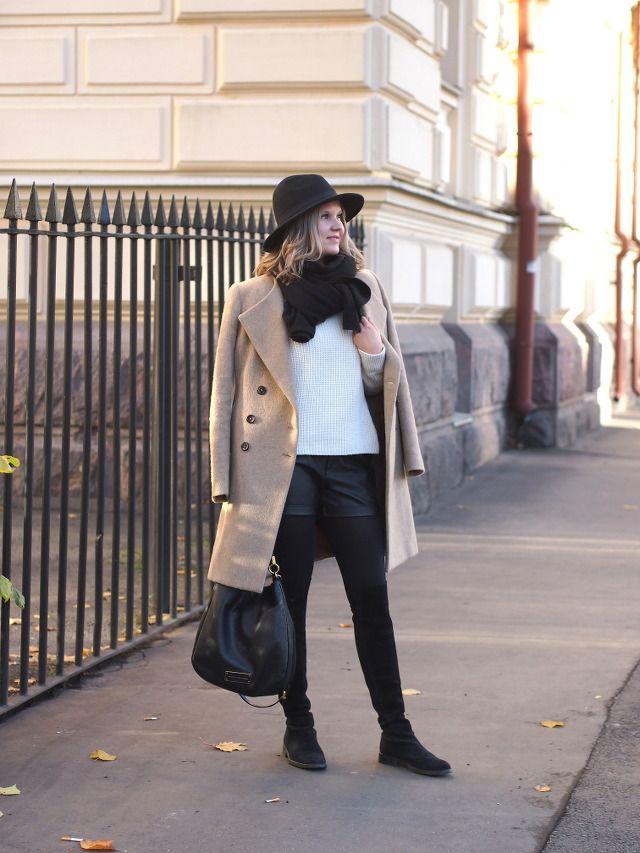 Camel Coat & Fedora Hat