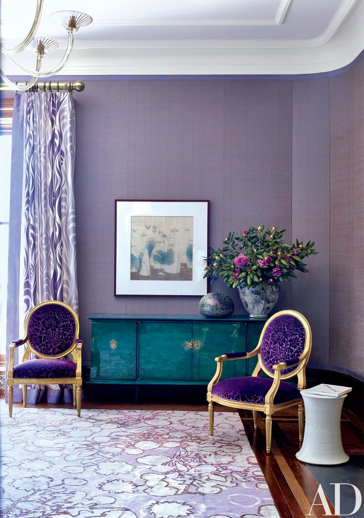 Jamie Drake Adds His Signature Colorful Style To A Gilded Age Cool Purple Living Room Designs Design Decoration