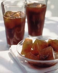 How to make: Coffee ice cubes. Keeps your iced coffee from getting too watered down!