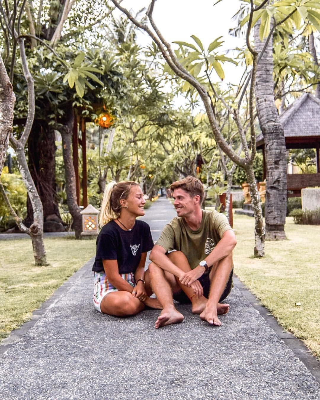 Gili T - Gili Trawangan Lombok Bali - Charlie & Lauren UK Travel Couple - Wanderers & Warriors