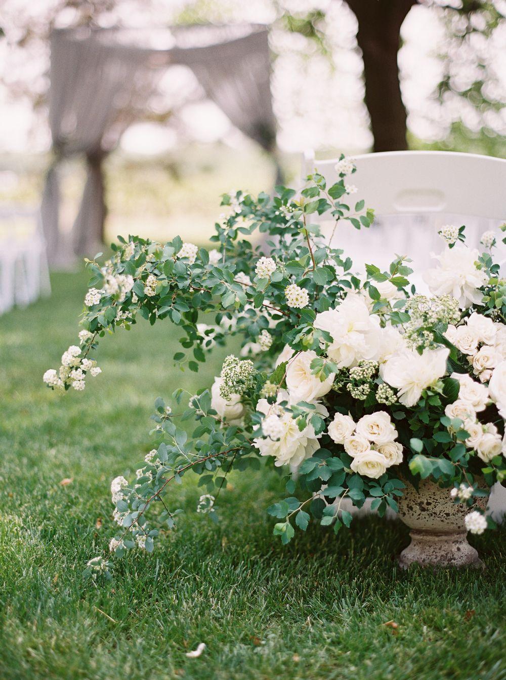 0096-When-He-Found-Her-Vineyard-Wedding-Style-Me-Pretty.jpg