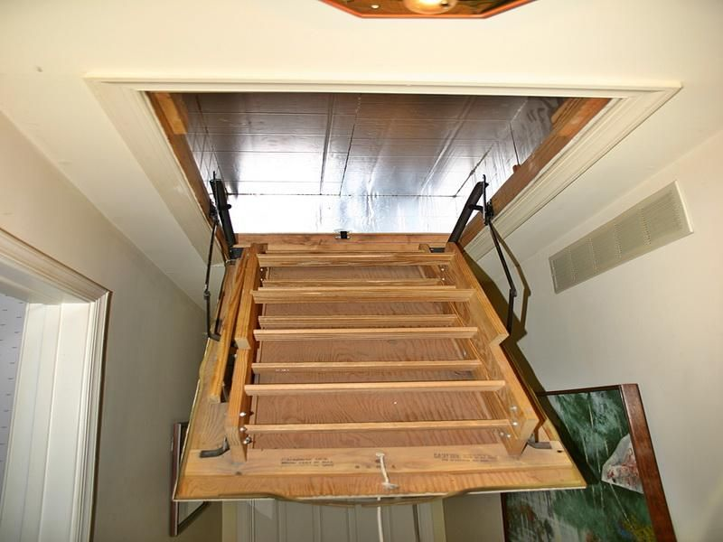 Best Easy Attic Pulldown Stairs Http Www Sbadventures Com 400 x 300