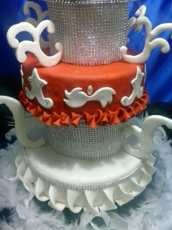 Fantasma opera parte baja torta