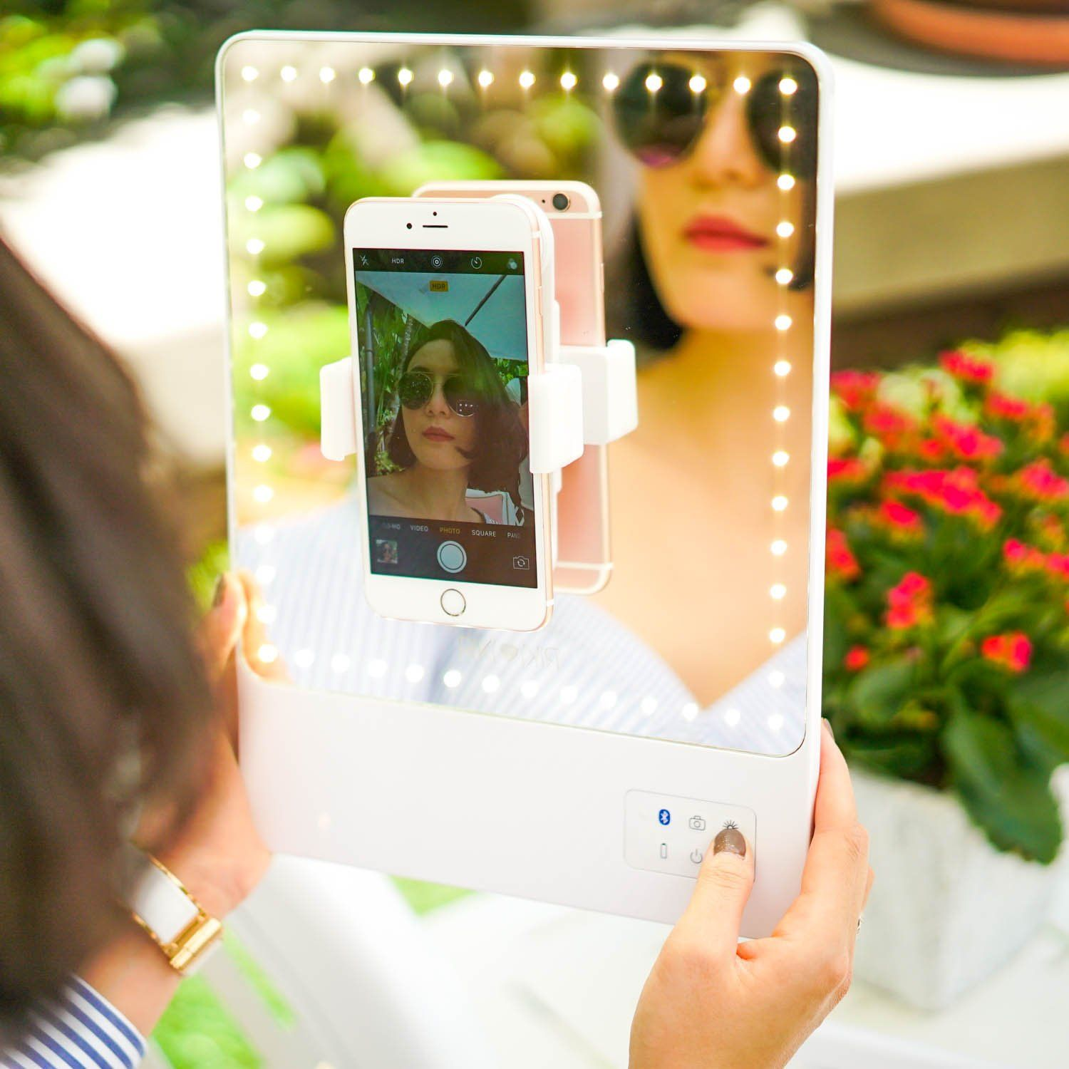 The Riki Skinny Is A Super Bright Mirror Using Glamcor Technology To Deliver Performance Never Before Seen I Riki Skinny Mirror Natural Cosmetics Beauty Mirror