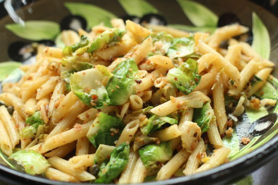 recipe: spinach brussel sprout pasta [4]