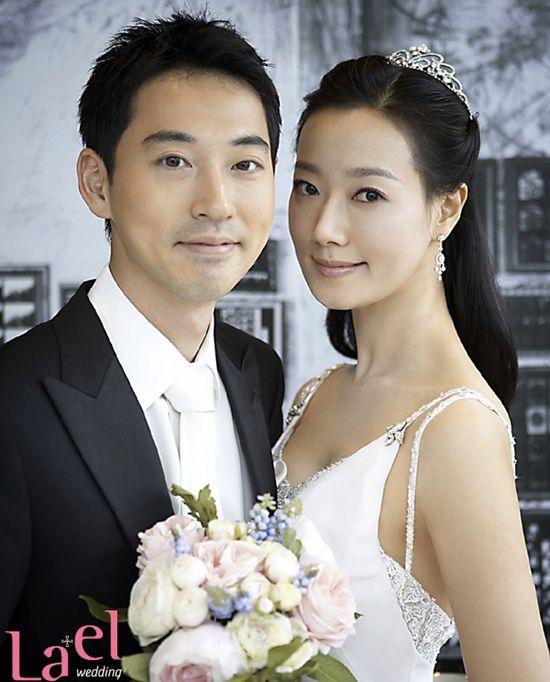 Wedding Korean Star: Yiruma (pianist) & Son Hye-Im (Miss Korea)