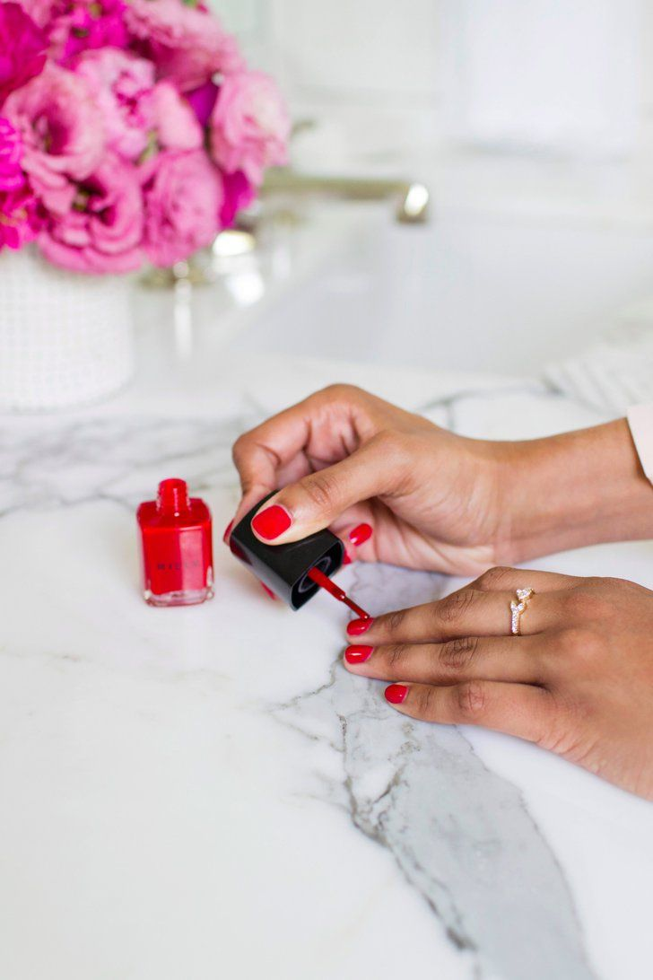 7 Gel Manicure Mistakes That Are Ruining Your Nails
