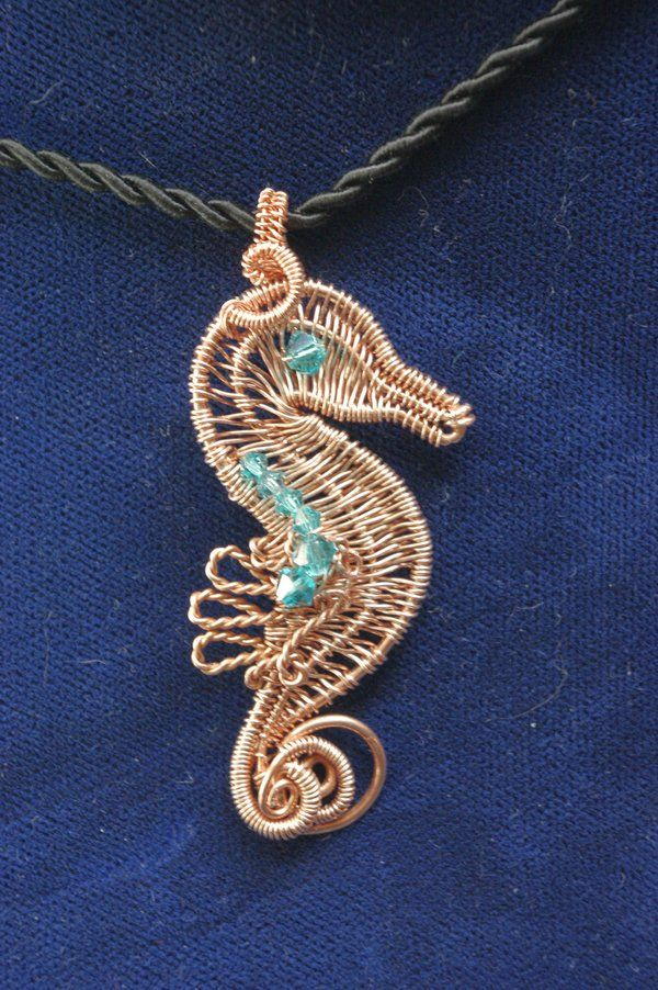 Wow! Fantastic wire seahorse | wire/metal | Pinterest | Seahorses ...
