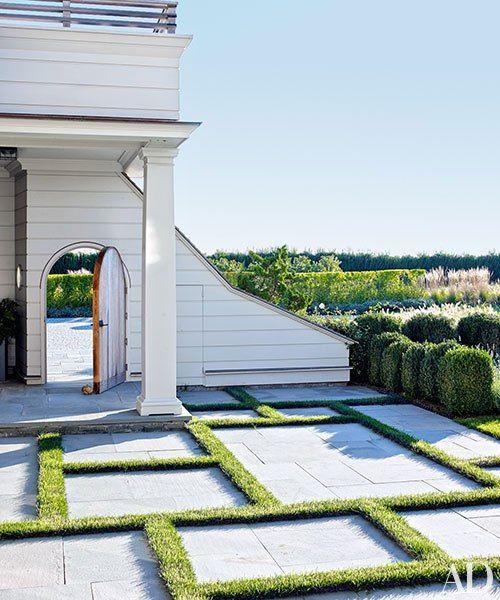 Shingle Garden Designs: A Long Island Beach House Embraces Shingle Style