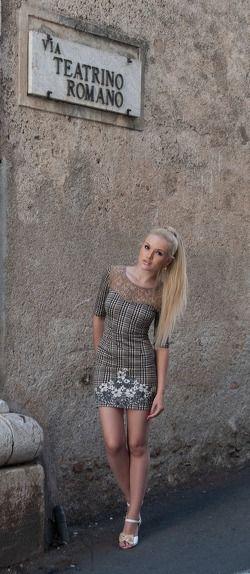 Sexy italian camgirl