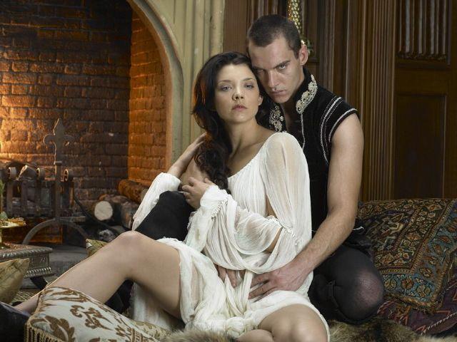 Natalie Dormer and Jonathan Rhys-Meyers as Anne Boleyn and King HenryVIII