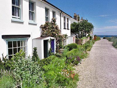 Mariner's Cottage, Kingsdown Beach, near Deal, Kent - Yes! @Tim Harbour Harbour Harbour Harbour Elliott